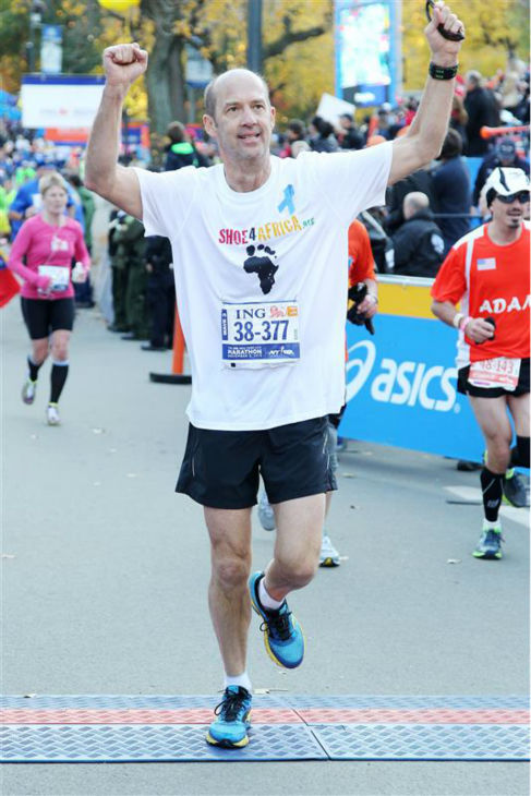 The time Anthony Edwards &#40;&#39;ER&#39;&#41; crossed the finish line at the 2013 ING New York City Marathon on Nov. 3, 2013. &#40;He placed 33,921st.&#41; <span class=meta>(Amanda Schwab &#47; Startraksphoto.com)</span>