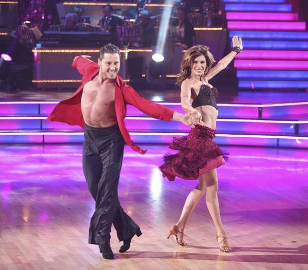 Elisabetta Canalis returned to the ballroom for a final performance on 'Dancing With The Stars: The Results Show,' on Tuesday, November 22, 2011. She appears here with show partner Val Chermokskiy.