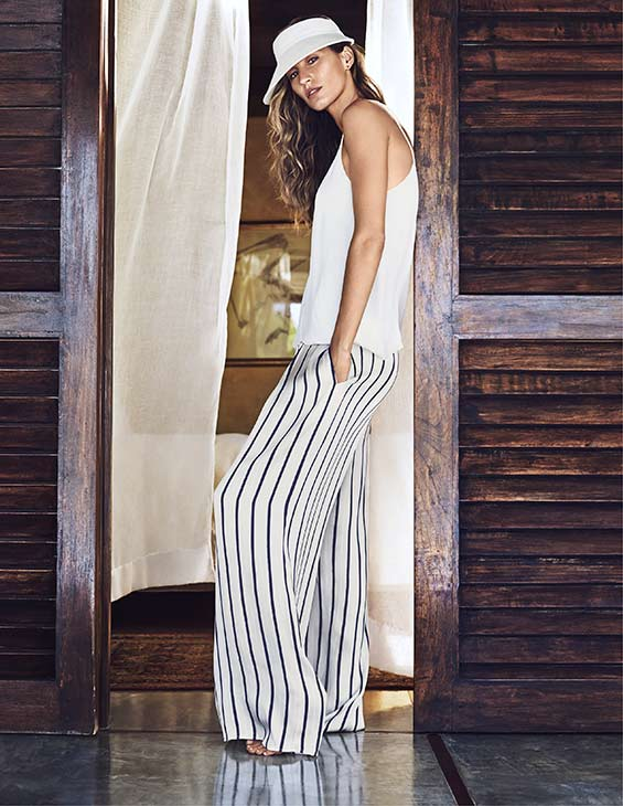 Gisele Bundchen appears in an outfit from H&#38;M&#39;s 2014 summer collection. <span class=meta>(H&#38;M)</span>