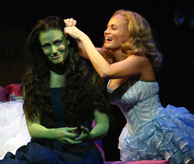 "<div class=""meta ""><span class=""caption-text "">Kristin Chenoweth of 'Glee' and 'Pushing Daisies' originated the role of Glinda in the Broadway musical 'Wicked.' Idina Menzel, who also appeared on 'Glee,' originated the role of the witch Elphaba in the show, as well as the part of Maureen in the musical 'Rent.' (Pictured: Kristin Chenoweth and Idina Menzel in 'Wicked' in 2003.) (Gershwin Theatre)</span></div>"