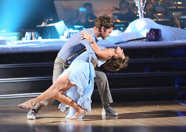 Olympic figure skater Dorothy Hamill and her partner Tristan Macmanus received 21 out of 30 points from the judges for their Contemporary routine on the season premiere of &#39;Dancing With The Stars,&#39; which aired on March 18, 2013. <span class=meta>(ABC Photo)</span>