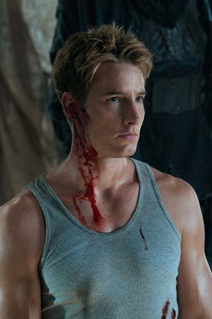 "<div class=""meta image-caption""><div class=""origin-logo origin-image ""><span></span></div><span class=""caption-text"">Justin Hartley appears as Oliver Queen on the 'Smallville' episode 'Dominion,' set to air on April 29, 2011. (Jack Rowand/The CW)</span></div>"