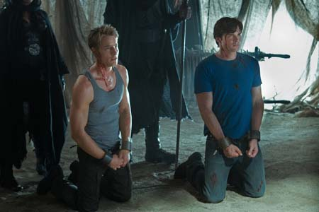 "<div class=""meta ""><span class=""caption-text "">Justin Hartley appears as Oliver Queen and Tom Welling as Clark Kent on the 'Smallville' episode 'Dominion,' set to air on April 29, 2011. (Jack Rowand/The CW)</span></div>"