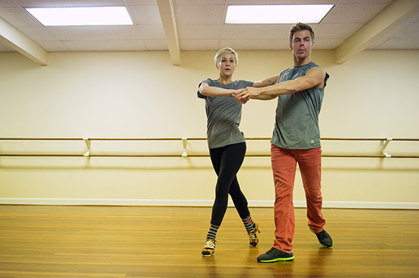 "<div class=""meta ""><span class=""caption-text "">'Dancing With The Stars' season 16 cast members Kellie Pickler and Derek Hough rehearse ahead of the premiere on March 18, 2013. (ABC Photo / John LeMay)</span></div>"