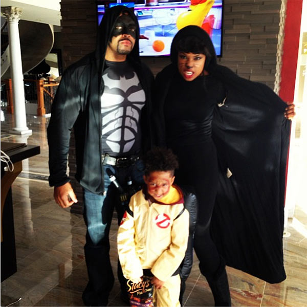 Jennifer Hudson shared this photo of herself with David Otunga and their son, David Daniel Otunga, Jr., on her Instagram page on Oct. 19, 2013, ahead of Halloween 2013.