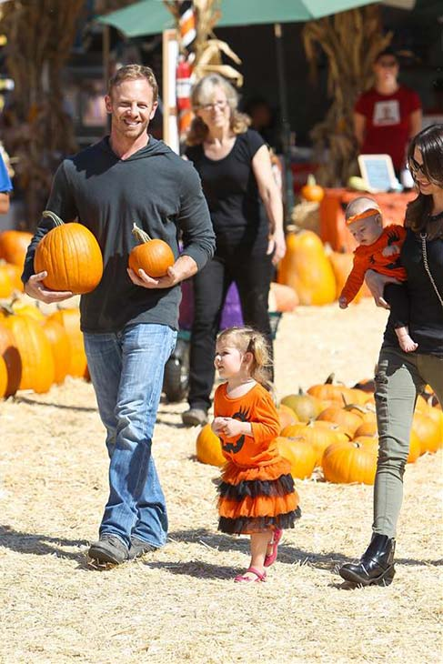'Beverly Hills, 90210' alum and 'Sharknado' star Ian Ziering, wife Erin Kristine Ludwig and their daughters appear at the Mr. Bones Pumpkin Patch in Los Angeles on Oct. 12, 2013, ahead of Halloween.