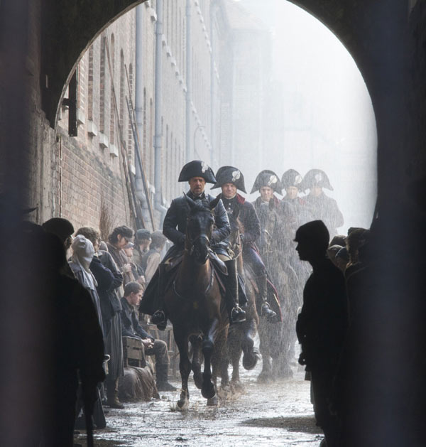 Russell Crowe appears as Javert in a s