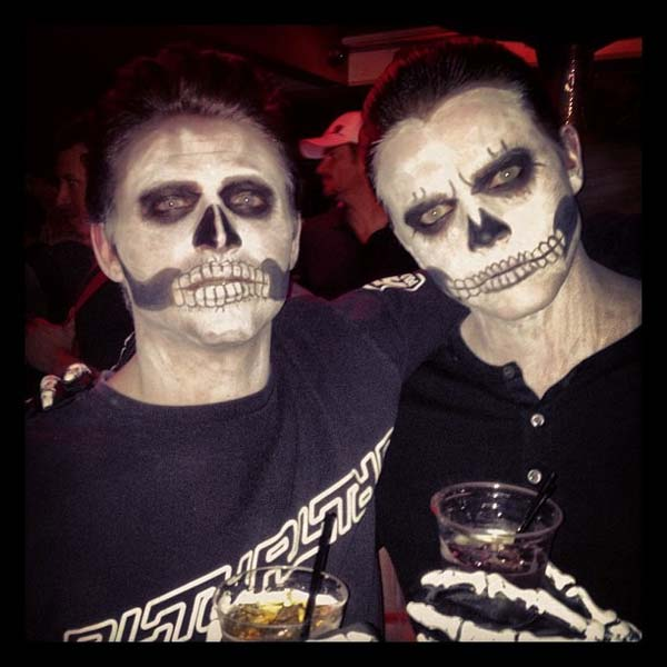Jesse McCartney appears in a photo posted on her official Twitter page on October 27, 2012, with the caption, &#39;Me and @frankie_valli ....the dead versions.&#39; <span class=meta>(Twitter.com&#47;JesseMcCartney)</span>