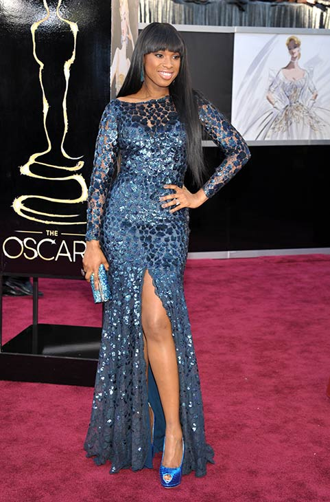 Jennifer Hudson arrives at the 2013 Oscars at...