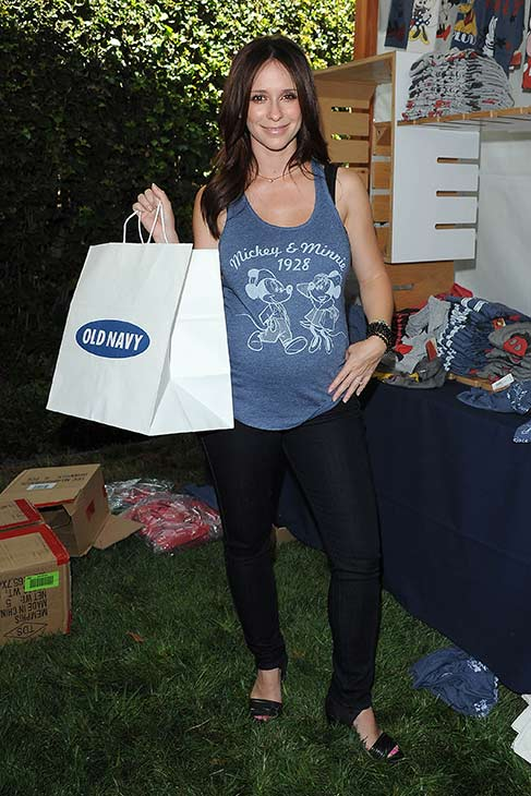 A pregnant Jennifer Love Hewitt showcases her baby bump at Old Navy&#39;s Mickey Through The Decades Collection Launch at the Walt Disney Company studio lot in Burbank, California. <span class=meta>(Michael Simon &#47; startraksphoto.com)</span>