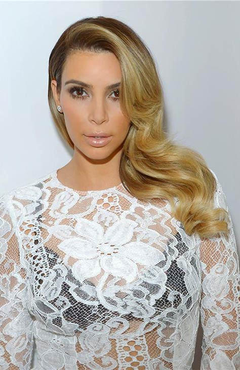 Kim Kardashian poses for a photo in a dressing room before appearing on NBC&#39;s &#39;Tonight Show With Jay Leno&#39; in Burbank, California on Oct. 30, 2013. <span class=meta>(Michael Simon &#47; Startraksphoto.com)</span>