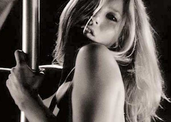 "<div class=""meta ""><span class=""caption-text "">Supermodel Kate Moss appears in The White Stripes' music video 'I Just Don't Know What To Do With Myself,' released in 2003. Moss appears as an exotic dancer who spends the entire video dancing and at times utilizing a pole. Moss is known for her work in modeling. (XL Records)</span></div>"