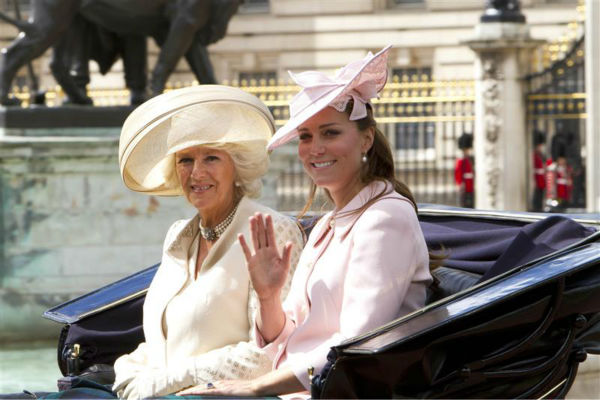 "<div class=""meta image-caption""><div class=""origin-logo origin-image ""><span></span></div><span class=""caption-text"">The time Kate Middleton wore this hat and still looked amazing. She is pictured here with her stepmother-in-law, Camilla, Duchess of Cornwall, in a carriage at the Trooping the Color 2013 event in London on June 15, 2013. (Action Press / Startraksphoto.com)</span></div>"