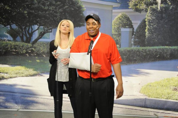 Pictured: Kenan Thompson playing Tiger Woods and...