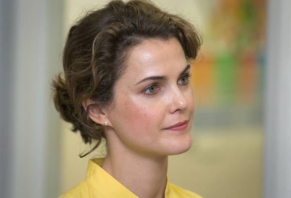 Keri Russell appears in a photo from a health care center event with Unity Healthcare on May 6, 2009.