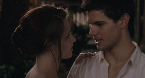 Kristen Stewart appears as Bella Swan and Taylor Lautner appears as Jacob Black in a scene from &#39;The Twilight Saga: Breaking Dawn - Part 1.&#39; <span class=meta>(Summit Entertainment)</span>