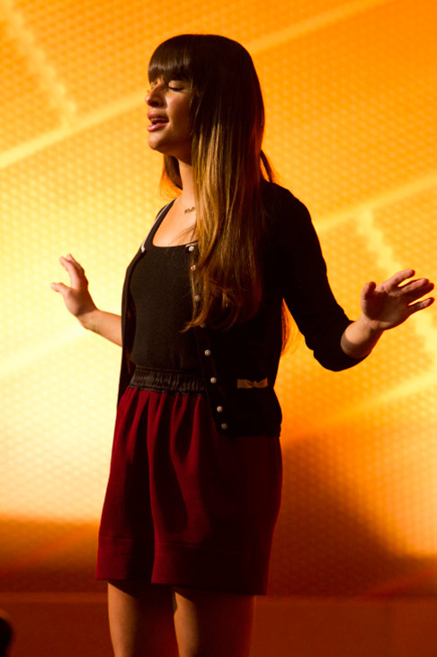 Rachel (Lea Michele) performs in
