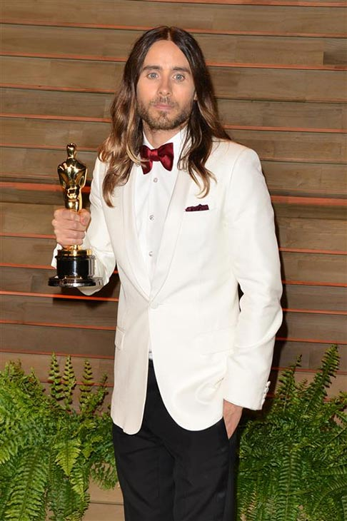 Oscars 2014 winner Jared Leto appears with his Best Supporting Actor stauette at the 2014 Vanity Fair Oscar party in Los Angeles, California on March 2, 2014. He won the Oscar -- his first -- for &#39;Dallas Buyers Club.&#39; <span class=meta>(Tony DiMaio &#47; Startraksphoto.com)</span>