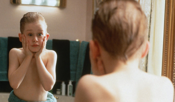 Macaulay Culkin appears in a scene from the 1990 film &#39;Home Alone.&#39; <span class=meta>(Twentieth Century Fox Film Corporation)</span>