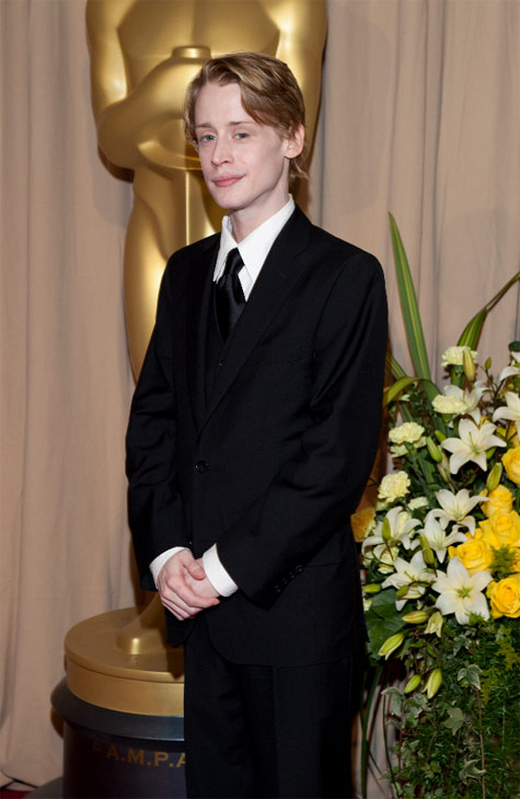 "<div class=""meta ""><span class=""caption-text "">Macaulay Culkin arrives at the 82nd Annual Academy Awards at the Kodak Theatre in Hollywood, CA, on Sunday, March 7, 2010. (John Farrell / ©A.M.P.A.S.)</span></div>"