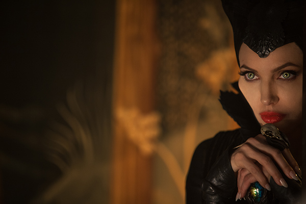 "<div class=""meta image-caption""><div class=""origin-logo origin-image ""><span></span></div><span class=""caption-text"">Angelina Jolie appears in a scene from the 2014 Disney film 'Maleficent.' (Walt Disney Studios)</span></div>"