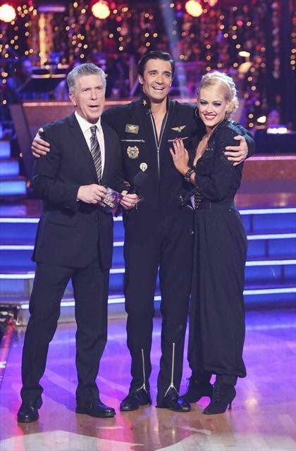 "<div class=""meta image-caption""><div class=""origin-logo origin-image ""><span></span></div><span class=""caption-text"">French actor Gilles Marini and his dance partners Peta Murgatroyd and Chelsie Hightower received 29 out of 30 points from the  judges for their Salsa on 'Dancing With The Stars: All-Stars,' which aired on November 12, 2012. (ABC / OTRC)</span></div>"