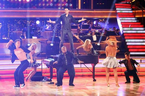 Musician Frankie Moreno performed on 'Dancing...