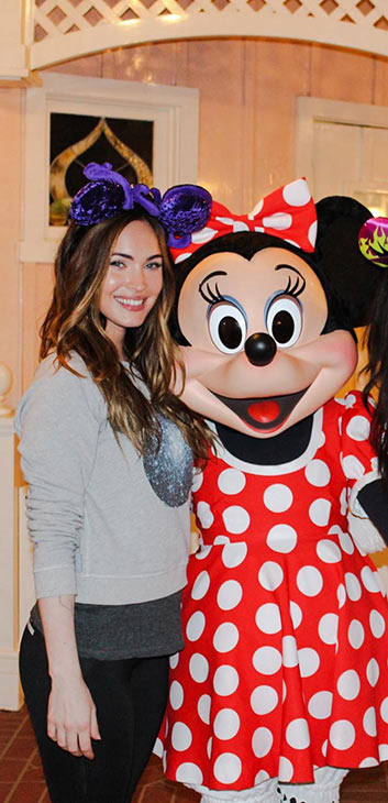 Megan Fox posted this photo of herself with Minnie Mouse at the Disneyland Resort in Anaheim, California, on April 21, 2014, joking: &#39;I&#39;m still allowed in.&#39; <span class=meta>(facebook.com&#47;MeganFox)</span>