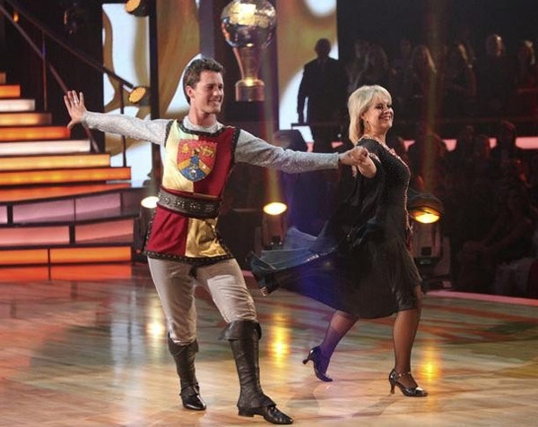 Nancy Grace returned to the ballroom for a final...