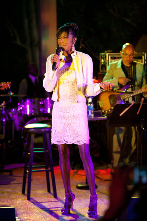Natalie Cole performs at the HollyRod Foundation's 14th Annual Design Care on July 21, 2012 in Malibu, California.