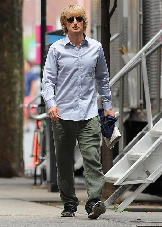 Owen Wilson walks to the New York City set of the 2014 movie &#39;Squirrels To The Nuts&#39; on July 24, 2013. <span class=meta>(Humberto Carreno &#47; Startraksphoto.com)</span>
