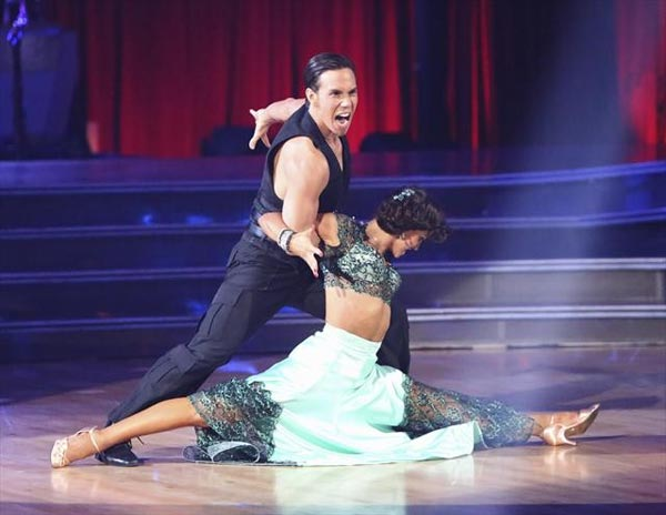 "<div class=""meta ""><span class=""caption-text "">Olympic speed skater Apolo Anton Ohno and his partner Karina Smirnoff received 29.5 out of 30 points from the judges for their  Tango on 'Dancing With The Stars: All-Stars,' which aired on November 12, 2012.  (ABC / OTRC)</span></div>"