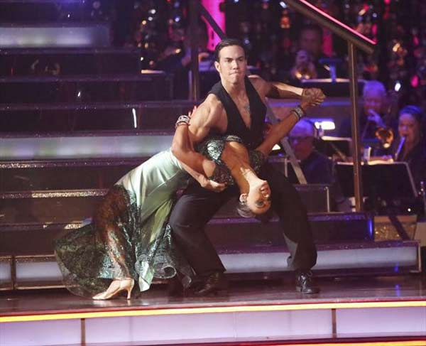 Olympic speed skater Apolo Anton Ohno and his partner Karina Smirnoff received 29.5 out of 30 points from the judges for their 