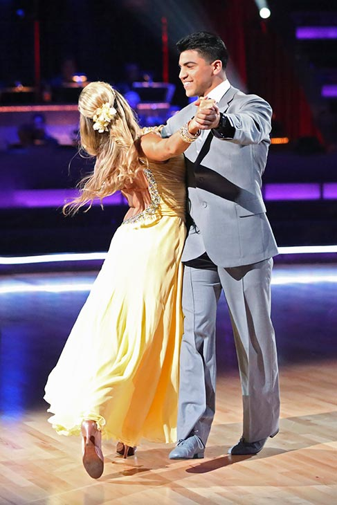 Boxer Victor Ortiz and his partner Lindsay Arnold received 18 out of 30 points from the judges for their Foxtrot routine on the season premiere of &#39;Dancing With The Stars,&#39; which aired on March 18, 2013. <span class=meta>(ABC Photo &#47; Adam Taylor)</span>