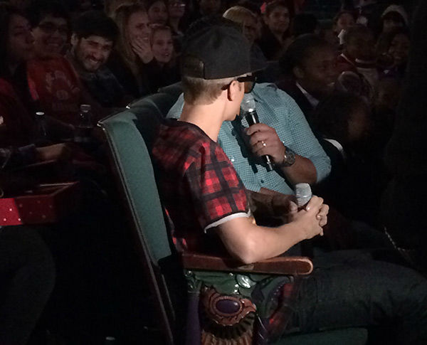 Justin Bieber sits with fans at a screening of his new movie &#39;Believe&#39; on Dec. 16, 2013. He handed out toys to several Beliebers at the event, sponsored by Radio Disney, as part of the Spark of Love intiative of KABC Television and the Southern California Firefighters. <span class=meta>(OTRC)</span>