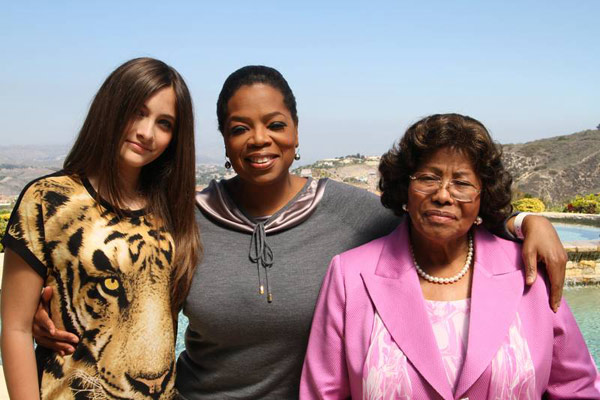 Paris Jackson (left), poses with Oprah Winfrey and her grandmother and Michael Jackson's mother, Kathe