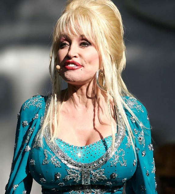 "<div class=""meta image-caption""><div class=""origin-logo origin-image ""><span></span></div><span class=""caption-text"">Dolly Parton performs at the Hardly Strictly Bluegrass Festival in San Francisco, California on Oct. 2, 2005. (Volker Neumann / flickr.com/photos/prawnpie/)</span></div>"