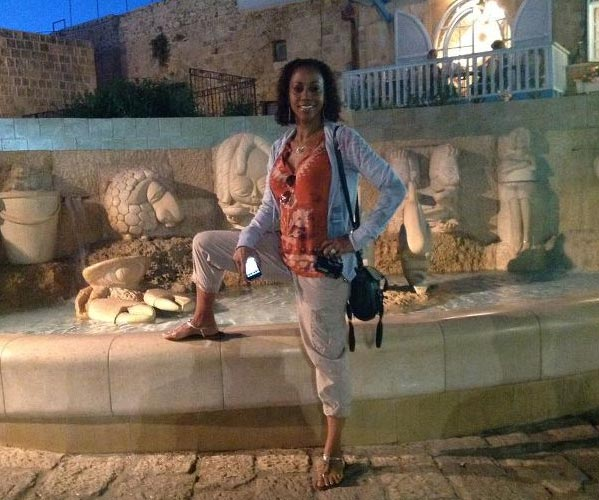 "<div class=""meta ""><span class=""caption-text "">Holly Robinson Peete poses in Tel Aviv during a walking tour of Old Jaffa on May 7, 2012, when they began a trip to Israel. (Israel Ministry of Tourism)</span></div>"