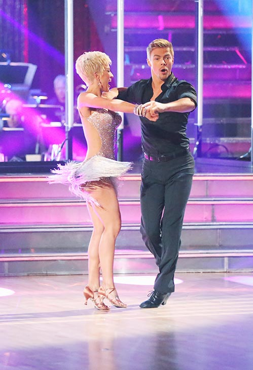 Singer and former &#39;American Idol&#39; contestant Kellie Pickler and her partner Derek Hough received 21 out of 30 points from the judges for their Cha Cha Cha routine on the season premiere of &#39;Dancing With The Stars,&#39; which aired on March 18, 2013. <span class=meta>(ABC Photo &#47; Adam Taylor)</span>