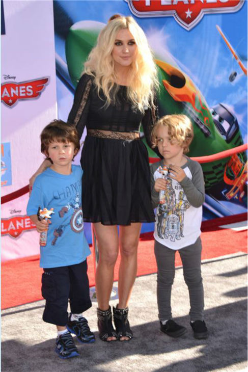 Ashlee Simpson, son Bronxi Mowgli and a guest attend the premiere of Disney&#39;s &#39;Planes&#39; film at the El Capitan Theatre in Hollywood, California on Aug. 5, 2013. <span class=meta>(Tony DiMaio &#47; Startraksphoto.com)</span>