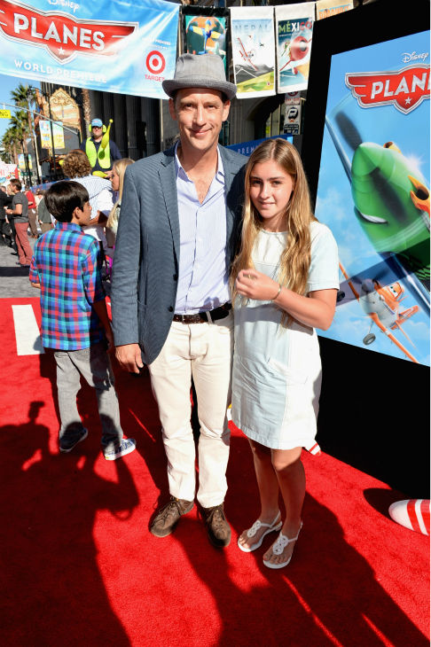 Anthony Edwards and daughter Esme Edwards attend the premiere of Disney&#39;s &#39;Planes&#39; film at the El Capitan Theatre in Hollywood, California on Aug. 5, 2013. <span class=meta>(Alberto E. Rodriguez &#47; WireImage for Walt Disney Studios)</span>