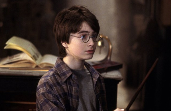 "<div class=""meta ""><span class=""caption-text "">Harry Potter (Daniel Radcliffe) appears in a scene from the 2001 film 'Harry Potter and the Sorcerer's Stone,' also called 'Harry Potter and the Philosopher's Stone.' (Warner Bros. Pictures)</span></div>"
