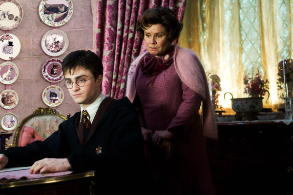 "<div class=""meta ""><span class=""caption-text "">Harry Potter (Daniel Radcliffe) and the evil Dolores Umbridge (Imelda Staunton) appear in a scene from the 2007 film 'Harry Potter and the Order of the Phoenix.' (Warner Bros. Pictures)</span></div>"