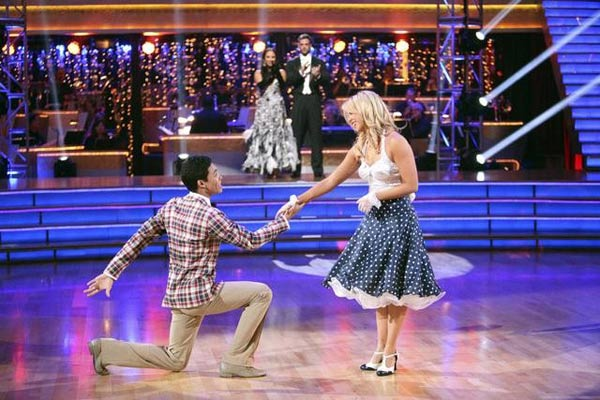 "<div class=""meta ""><span class=""caption-text "">Disney Channel star Roshon Fegan and his partner Chelsie Hightower appear on 'Dancing With The Stars: The Results Show' on Tuesday, May 8, 2012. The pair received 29 out of 30 points from the judges for their Foxtrot and 27 out of 30 for their Dance Trio on week eight of 'Dancing With The Stars,' which aired on May 7, 2012. (OTRC)</span></div>"