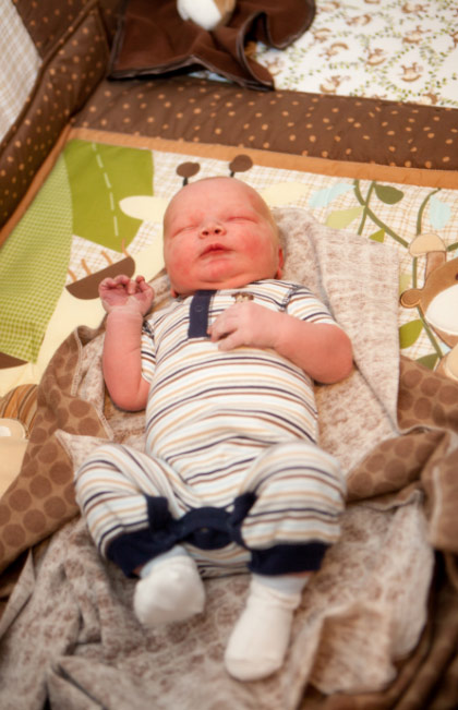 Polygamist Kody Brown and his wife Robyn of the controversial TLC reality show &#39;Sister Wives&#39; welcomed their first child together - and his 17th - on Oct. 26, 2011. He is pictured in this photo provided by the TLC cable network.  <span class=meta>(TLC)</span>