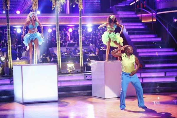 "<div class=""meta image-caption""><div class=""origin-logo origin-image ""><span></span></div><span class=""caption-text"">Retired NFL star Emmitt Smith and his dance partners Cheryl Burke and Kym Johnson received 30 out of 30 points from the judges for  their Salsa on 'Dancing With The Stars: All-Stars,' which aired on November 12, 2012. (ABC / OTRC)</span></div>"