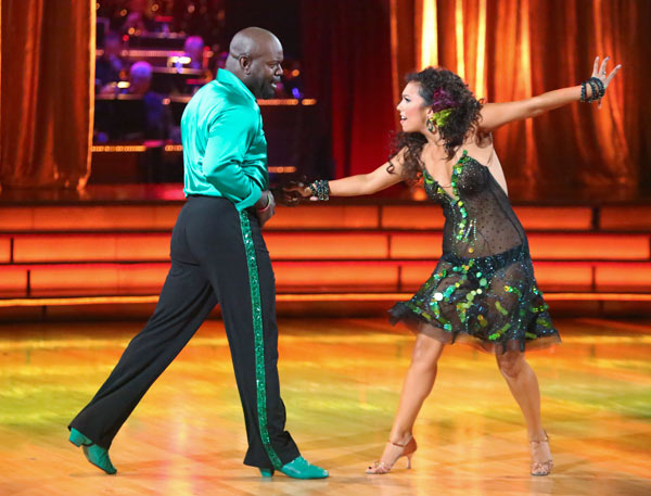 Retired NFL star Emmitt Smith and his partner Cheryl Burke received 24.5 out of 30 points from the judges for their Cha Cha Cha on the season premiere of &#39;Dancing With The Stars: All-Stars,&#39; which aired on September 24, 2012. <span class=meta>(ABC &#47; Adam Taylor)</span>