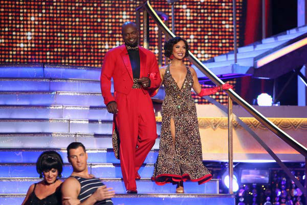 Retired NFL star Emmitt Smith and his partner Cheryl Burke received 22.5 out of 30 points from th