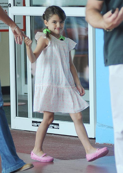 Suri Cruise, 7, is seen on a stroll through Chelsea Piers in New York City on July 15, 2013. Not pictured, her mother, Katie Holmes, who is walking beside her. <span class=meta>(Humberto Carreno &#47; startraksphoto.com)</span>