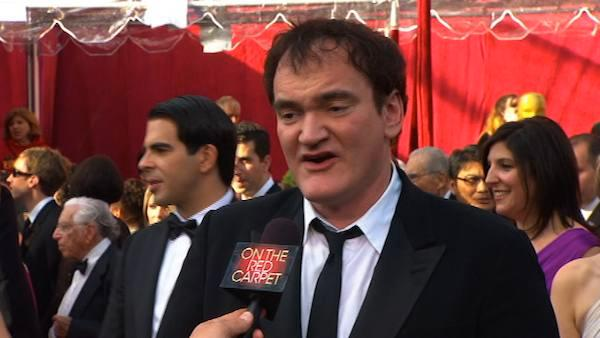 Quentin Tarantino takes time to answer fans questions with ABC7s George Penacchio at the 2010 Academy Awards